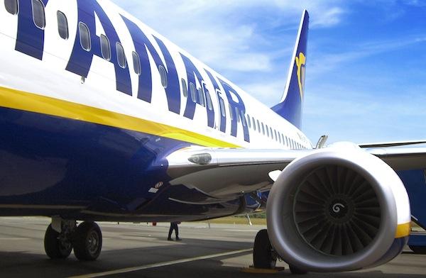 """Viaggi low cost: voli a prezzi stracciati con l'offerta """"Flash Sale"""" di Ryanair"""