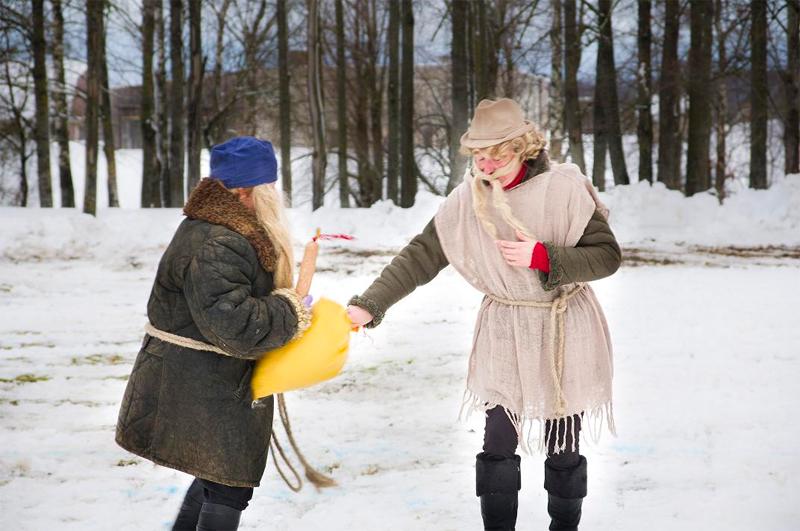 Streghe, diavoli e bizzarre creature: ecco il Carnevale in Lituania