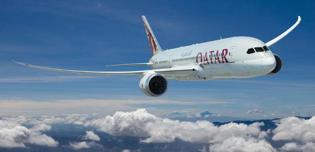 Viaggi in due e paghi uno: l'offerta di Qatar Airways per volare all'estero